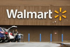 3 Firms Guide Walmarts 16B Deal To Control Flipkart